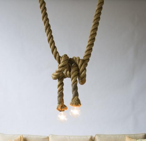 Svietidlo Je unikátne vďaka materiálu a historickému prevedeniu - Závesný lanový luster v historickom vzhľade s priemerom 25mm, 1m, dve pätice