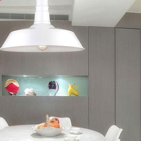 Moderné závesné svietidlo zhotovené z kvalitného kovového materiálu3 - Moderné závesné svietidlo v bielej farbe