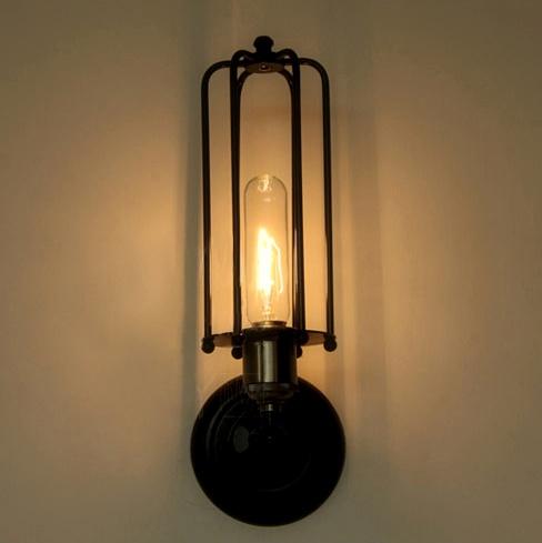rustikálne svietidloX staré lampyX starodávne svietidloX starožitné lampyX starožitné lustreX Starožitné svietidláX svietidloX svietidlo na stenu12 - Historické nástenné svietidlo s rovnou klietkou
