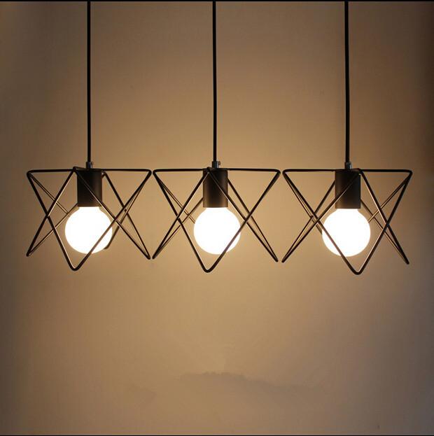 Moderné kreatívne svietidlo v čiernej farbe na žiarovky typu E27 je svietidlo určené na strop v luxusnom modernom a zároveň kreatívnom vzhľade13 - Moderné kreatívne svietidlo v čiernej farbe
