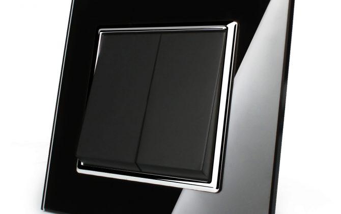 Luxusný lustrový vypínač s lesklou sklenenou mechanickou plochou. Doprajte svojmu domovu eleganciu a luxus pomocou tohto elegantného vypínača2 670x420 - Luxusný lustrový vypínač č.5 v čiernom prevedení