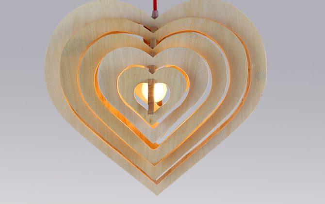 Závesné kreatívne drevené svietidlo HEART7 670x420 - Závesné kreatívne drevené svietidlo - HEART