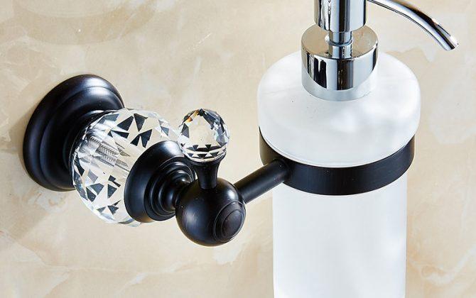 Dávkovač mydla 5 670x420 - Retro mosadzný dávkovač mydla s kryštáľom v rôznych farbách