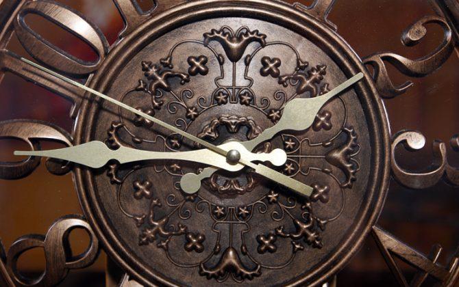 Luxusné retro nástenné hodiny