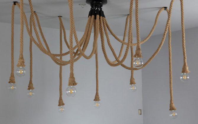 Historické závesné lanové svietidlo Pavúk2 670x420 - Historické závesné lanové svietidlo Pavúk