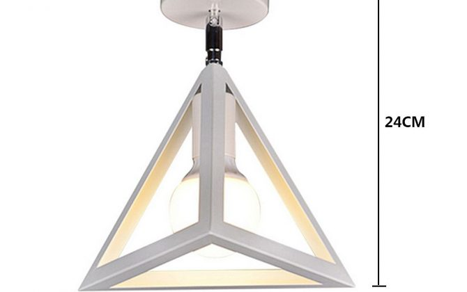 Moderné stropné svietidlo Trojuholník v bielej farbe 2 670x420 - Moderné stropné svietidlo Trojuholník v bielej farbe