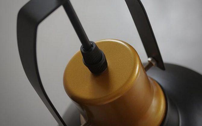 Mohutné závesné svietidlo v retro štýle2 670x420 - Mohutné závesné svietidlo v retro štýle