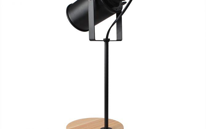 Stolová lampa z prírodného dreva so stmievačom v tvare Reflektora4 670x420 - Stolová lampa z prírodného dreva so stmievačom v tvare Reflektora
