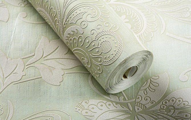 Prepracovaná zelená tapeta s kvetinovým vzorom