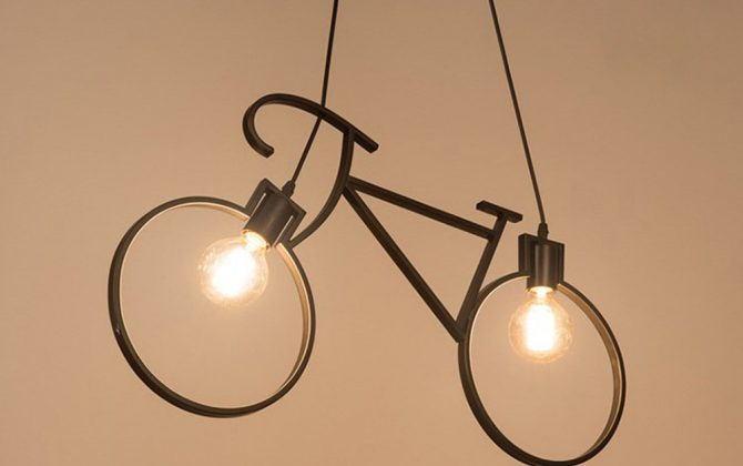 Budťe štýlový a zabezpečte si toto kreatívne svietidlo v modernom štýle 670x420 - Kreatívne závesné svietidlo v podobe bicykla v čiernej farbe
