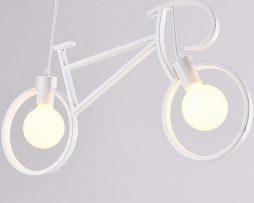 Kreatívne závesné svietidlo v podobe bicykla v bielej farbe