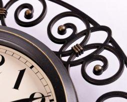 Retro dekoračné nástenné hodiny.,