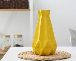 Elegantná porcelánová váza v štyroch rôznych farbách, veľká,