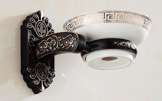 Luxusný nástenný držiak na mydlo v čiernej farbe držiak miska 1 1 670x420 - Luxusný nástenný držiak na mydlo v čiernej farbe, držiak + miska
