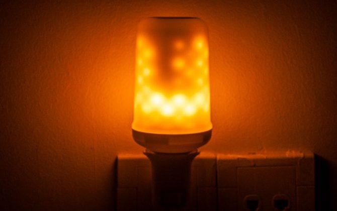 LED žiarovka s efektom plameňa E27 5W Teplá biela 4 670x420 - LED žiarovka s efektom plameňa, E27, 5W, Teplá biela