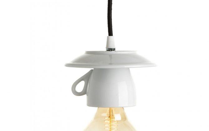 Porcelánové dizajnové svietidlo v tvare šálky (1)