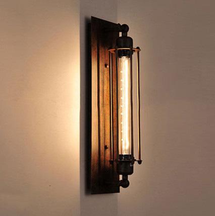 Historické rovné nástenné svietidlo s mriežkou na žiarovky typu E27 je svietidlo určené na stenu v rustikálnom vzhľade14 - Historické rovné nástenné svietidlo s mriežkou