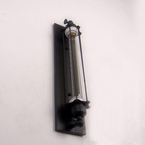 Historické rovné nástenné svietidlo s mriežkou na žiarovky typu E27 je svietidlo určené na stenu v rustikálnom vzhľade3 - Historické rovné nástenné svietidlo s mriežkou
