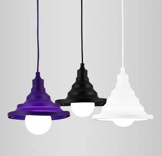 Toto nevšedné závesné interiérové svietidlo je vhodné na osvetľovanie modernej obývacej izby detskej izby alebo kuchyne2 - Moderný závesný silikónový luster s textilnou šnúrou v červenej farbe