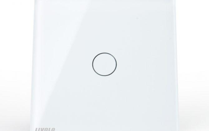 Vypínač sa vyznačuje dlhou životnosťou otrasuvzdornosťou farebnou stálosťou pevnosťou povrchových úprav a lesklosťou skleneného povrchu1 670x420 - Elegantný dotykový vypínač roliet, žalúzií a markíz v bielom prevedení