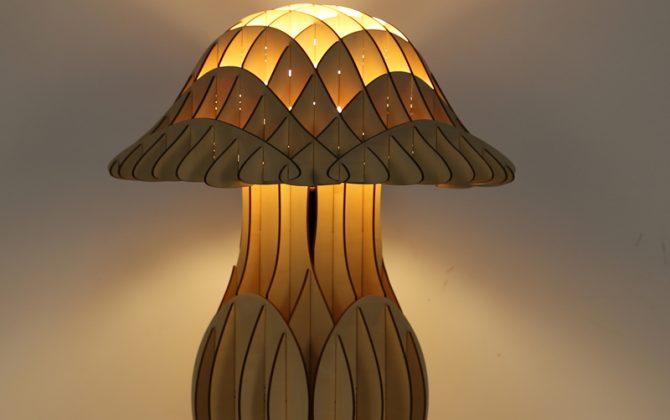 Originálne stolové drevené svietidlo z kolekcie iWood MUSHROOM21 670x420 - Originálne stolové drevené svietidlo z kolekcie iWood - MUSHROOM
