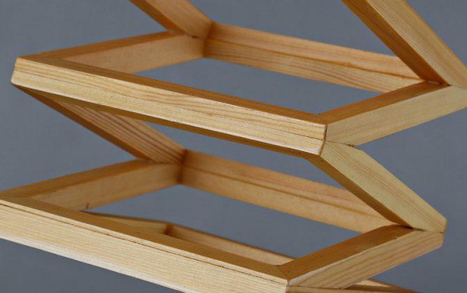 Závesné kreatívne drevené svietidlo LAMPARA8 670x420 - Závesné kreatívne drevené svietidlo - LAMPARA