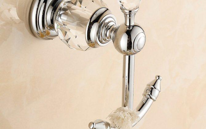 Moderný mosadzný vešiak do kúpeľne 2 670x420 - Retro mosadzný vešiak s kryštáľom do kúpeľne v rôznych farbách