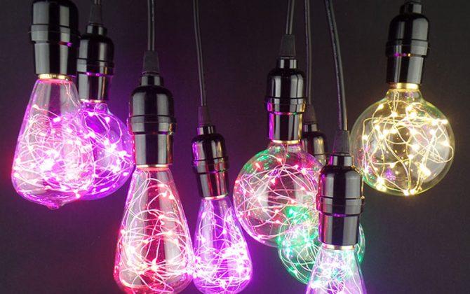 Vďaka dynamickému dizajnu tieto žiarovky napodobňujú klasicky štýl EDISON žiaroviek avšak s využitím moderných LED diód vo farbách 670x420 - Dekoračná LED žiarovka EDISON, E27, 150lm, Teardrop, Modrá