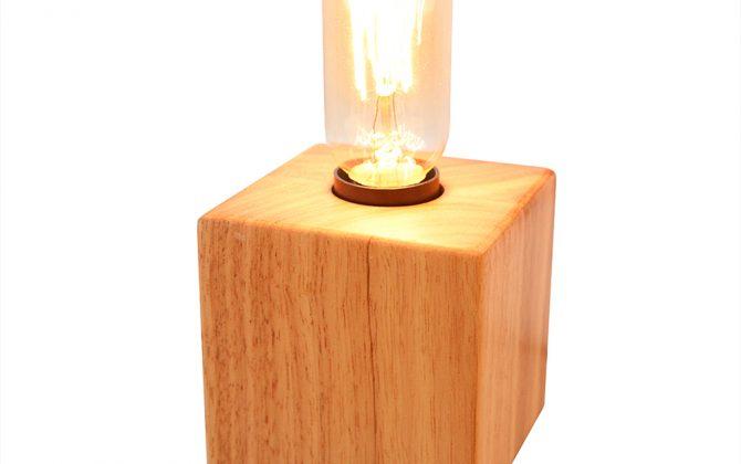 Historická stolová lampa z prírodného dreva so stmievačom5 670x420 - Historická stolová lampa z prírodného dreva so stmievačom