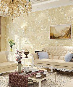 Prepracovaná zlatá tapeta s kvetinovým vzorom