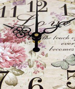 Prepracované vintage nástenné hodiny s kvetinami