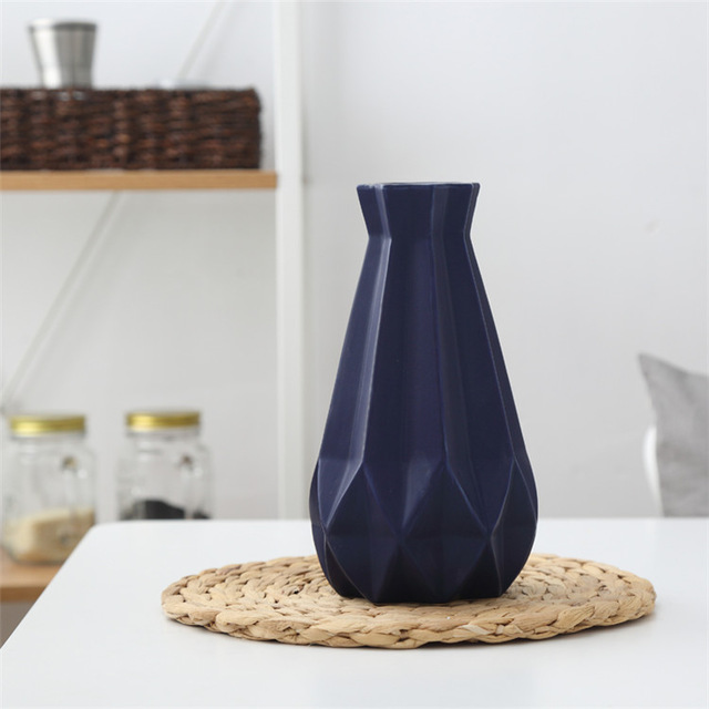 Elegantná porcelánová váza v štyroch rôznych farbách veľká 2 - Elegantná porcelánová váza v štyroch rôznych farbách, veľká