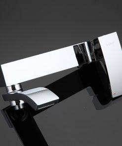 Luxusná vaňová batéria so sprchou s otočným hrdlom