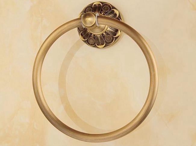 Elegantný staromosadzný vešiak na uterák v tvare kruhu 1 - Elegantný staromosadzný vešiak na uterák v tvare kruhu