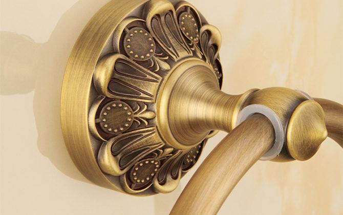 Elegantný staromosadzný vešiak na uterák v tvare kruhu. 2 670x420 - Elegantný staromosadzný vešiak na uterák v tvare kruhu