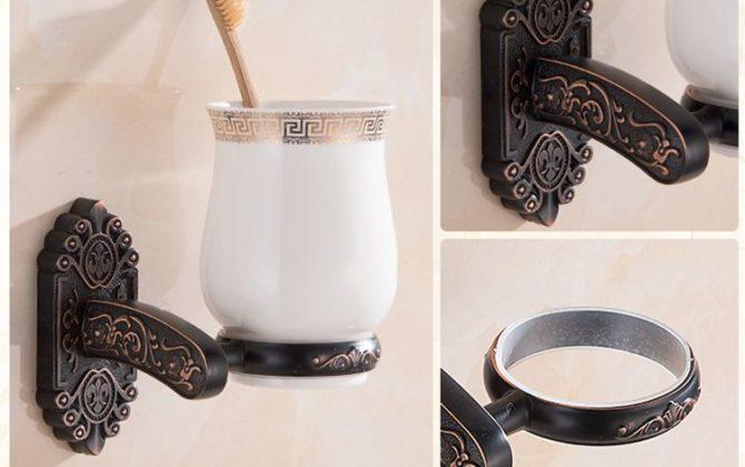 Elegantný stojan s pohárikom na zubné kefky v čiernej farbe 1 2 670x420 - Elegantný stojan s pohárikom na zubné kefky v čiernej farbe