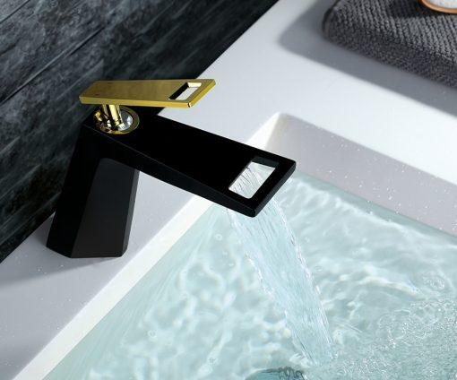 Luxusná umývadlová batéria v rôznych farbách a modernom dizajne