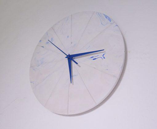Ručne vyrobené nástenné hodiny - Pure blue marble