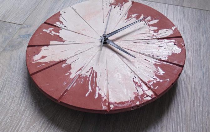 Ručne vyrobené nástenné hodiny - Terracotta explosion