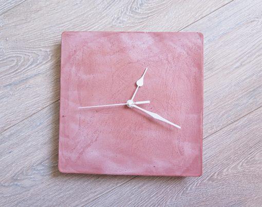 Ručne vyrobené nástenné hodiny - Terracotta pure cube