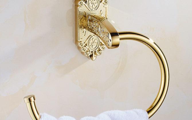 Starožitný prepracovaný držiak na uterák v zlatej farbe . 670x420 - Starožitný prepracovaný držiak na uterák v zlatej farbe