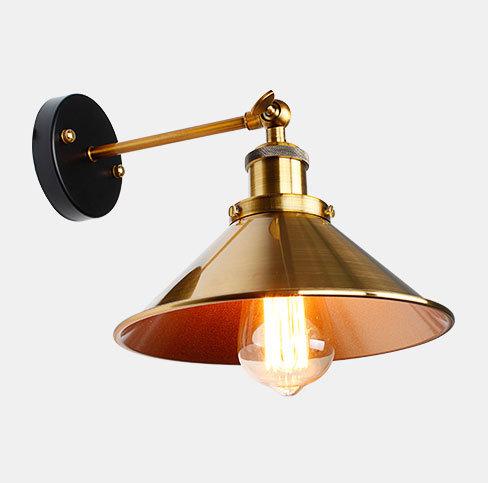 Historické nástenné svietidlo so zlatým hlbokým tienidlom 2 - Historické nástenné svietidlo so zlatým hlbokým tienidlom