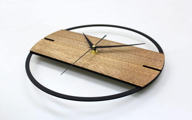 Jedinečné moderné drevené nástenné hodiny 1 670x420 - Jedinečné moderné drevené nástenné hodiny