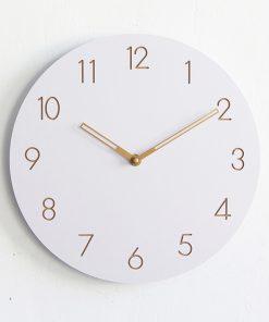 Moderné drevené nástenné hodiny