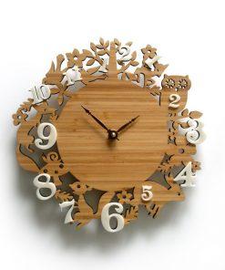 Nádherné drevené nástenné hodiny so zvieratkami z lesa