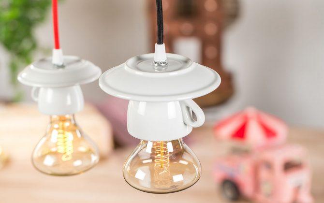 Porcelánové dizajnové svietidlo v tvare šálky 3 670x420 - Porcelánové dizajnové svietidlo v tvare šálky