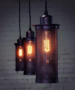 Závesné-priemyselné-svietidlo-Counter-je-typické-svietidlo-v-priemyselnom-dizajne-s-klietkou.-Ideálne-pre-použitie-do-baru-alebo-reštaurácie.-1