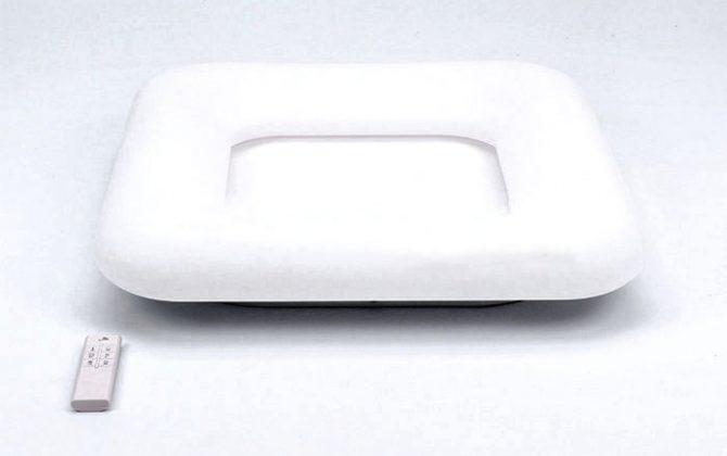 Štvorcový LED stropný luster 42W zmena farby 60 x 60 x 115cm stmievateľný biela farba 1 670x420 - Štvorcový LED stropný luster, 42W, zmena farby, 60 x 60 x 11,5cm, stmievateľný - biela farba