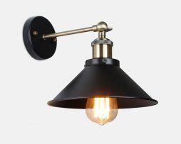 Historické nástenné staromosádzne svietidlo s tmavým hlbokým tienidlom (5)