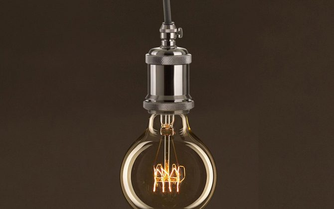 EDISON žiarovka SHINES E27 30W 60lm 2 670x420 - EDISON žiarovka – SHINES – E27, 30W, 60lm